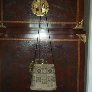MARUCA of CO.TAPESTRY CROSSBODY BAG 4 SECTIONS